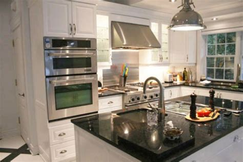 hotte de cuisine stainless le dosseret de la cuisine