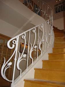best idee rampe escalier photos lalawgroupus With peindre rampe escalier bois 15 main courante escalier exterieur wehomez