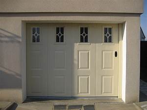 elegant porte de garage bois renaa conception With porte de garage coulissante jumelé avec ouverture de porte paris 5