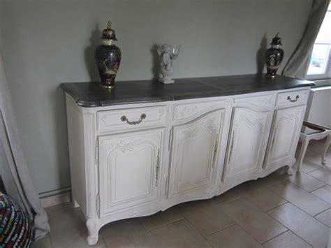 relooking de meubles en blanc et noir ambiance patine