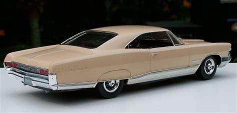 AMT 1965 Pontiac Bonneville