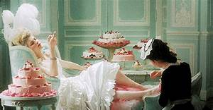 Marie Antoinette Queen GIF - Find & Share on GIPHY