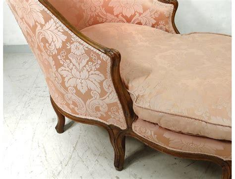 chaise longue louis xv duchesse en bateau noyer sculpté