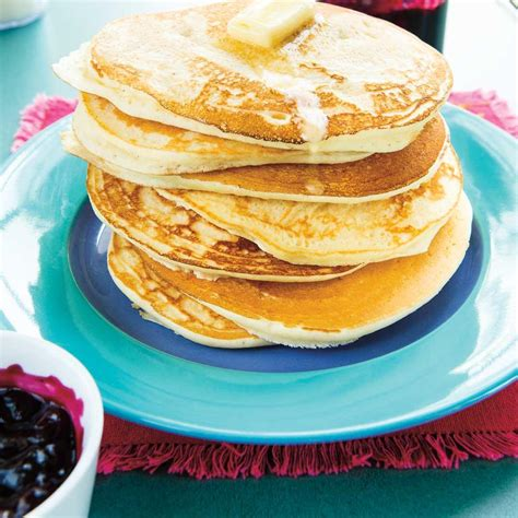 pancakes hervé cuisine pancakes dodues ricardo