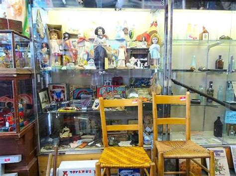 Picture Of Castle Street Antique Pickers Mall, Wilmington Antique Metal Headboards King Car Radio Schematics Volvo Hot Rod Art And Antiques Exchange Chicago Furniture Dealers Colorado Springs Co Louisiana State Flag Hutches