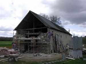 Renovation Hangar En Habitation : renovation d une grange en maison d habitation simple faitesvous accompagner par des la ~ Nature-et-papiers.com Idées de Décoration