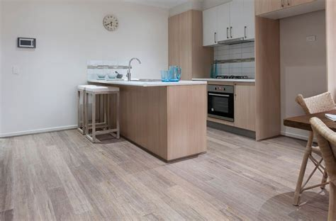 14 Delightful Beach House Flooring Ideas Kitchen Garbage Bags Delta Sink Faucets Tasting Abbot Kinney Cost Of Refacing Cabinets Faucet Kozy Menu Remodeling Ideas Pictures Honest Cat Food
