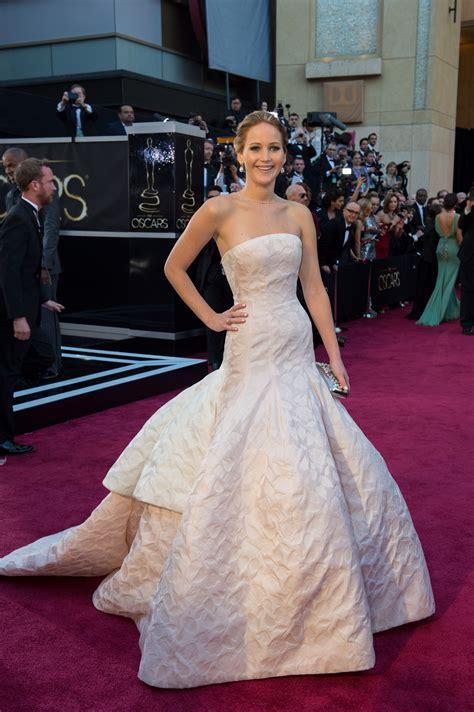 Jennifer Lawrence 2013 Oscars Dress - CelebMagnet | Oscar ...