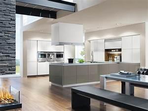 Moderne Küchen 2016 : moderne k chen von ewe planungswelten ~ Buech-reservation.com Haus und Dekorationen