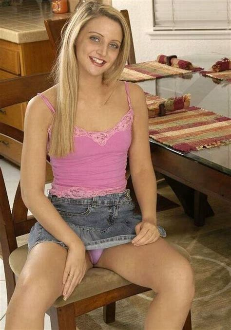 Teen girls upskirt: Brittney spears upskirt, Opps upskirt pics