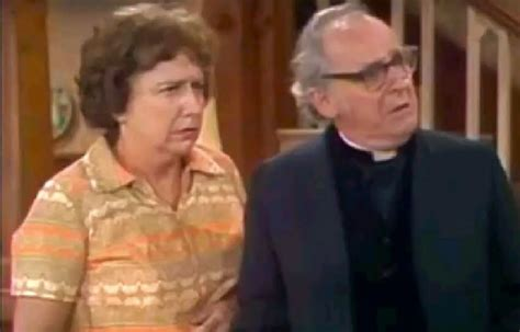 archie bunker chair challenge inner toob character study majeski