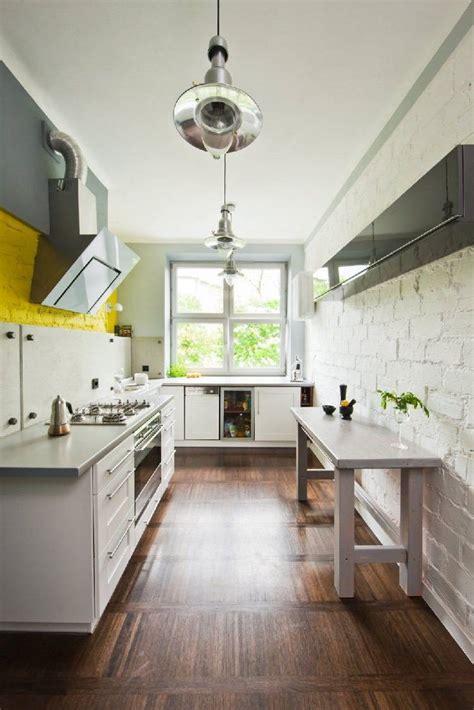 cuisine blanche mur mur cuisine brique blanche chaios com