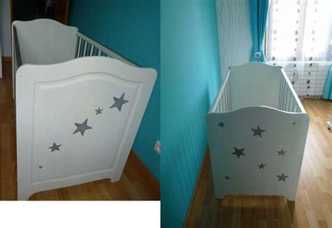 comment peindre meuble cuisine meuble chambre bébé stéphanie et éléonore déco