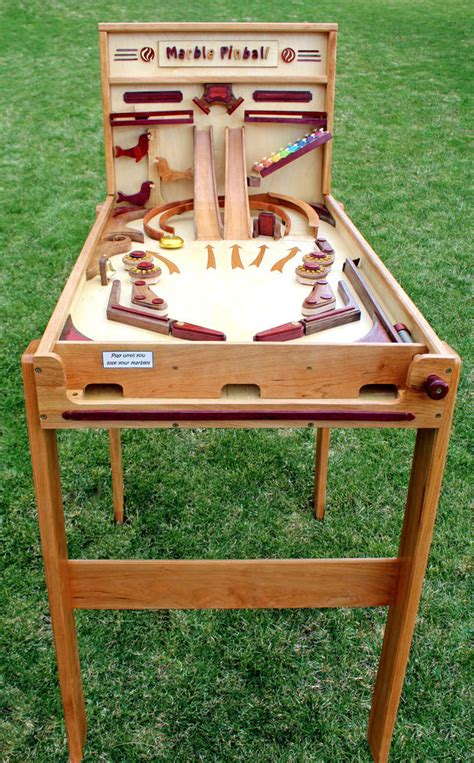 woodworking plan  building  wood marble pinball game