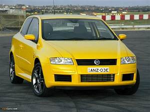 Fiat Stilo 2002 : wallpapers of fiat stilo abarth 3 door nz spec 192 2002 2004 1024x768 ~ Gottalentnigeria.com Avis de Voitures