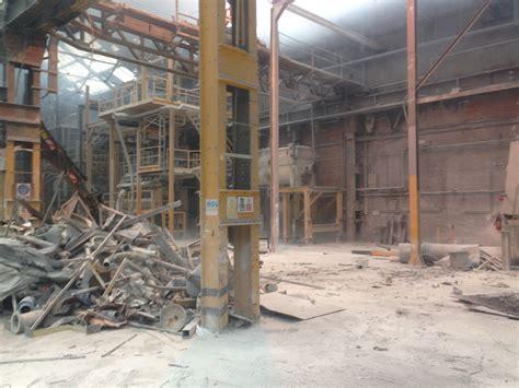 deal  asbestos removal