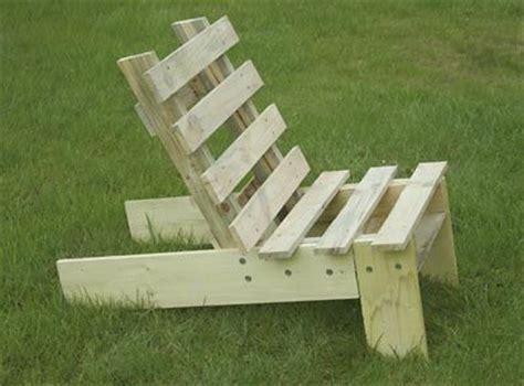 plan chaise de jardin en palette fauteuil de jardin en palette chaises palettes et simple