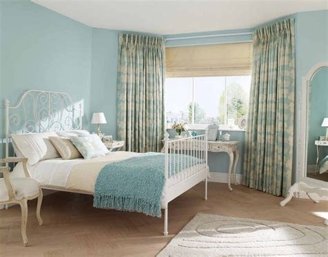 Country French Décor For Classic Appearance
