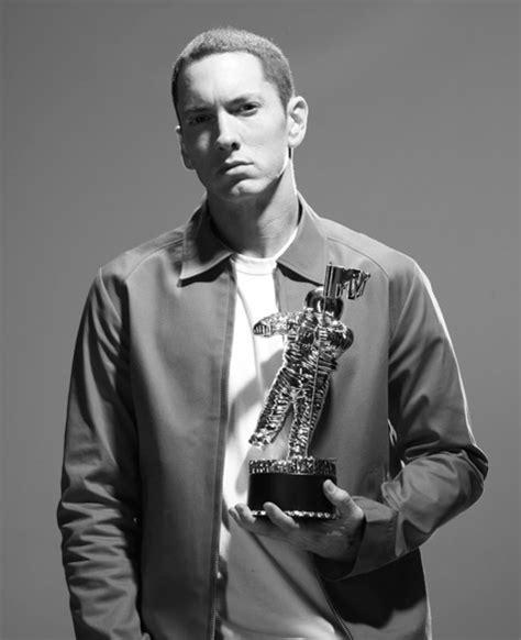 Hot Shot: Eminem Covers Rolling Stone Magazine - That ...
