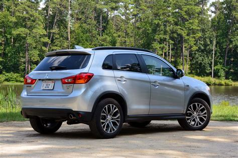 Review Mitsubishi Outlander Sport by 2017 Mitsubishi Outlander Sport Test Drive Review