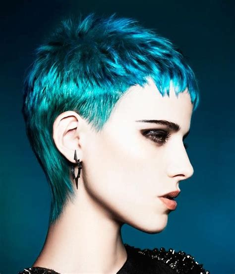 Funky Pixie Hairstyles by Best 25 Funky Pixie Cut Ideas On Funky