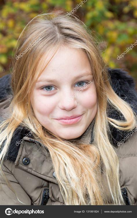 Nov Cute Blonde Teen Hard Orgasm
