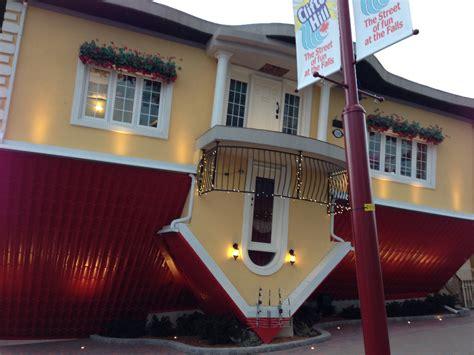 upside  house  niagara falls