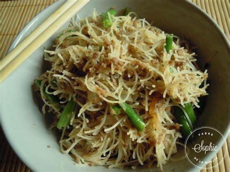 cuisiner vermicelle de riz vermicelles de riz sautés au boeuf chine la tendresse