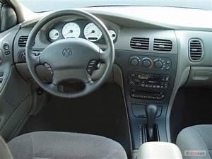Image: 2004 Dodge Intrepid 4-door Sedan SE Dashboard, size