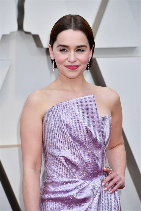 All things emilia clarke, mostly photos. Emilia Clarke Debuts a Dramatic Hair Change at the Oscars 2019   Glamour