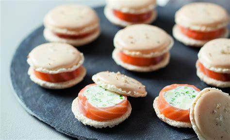 cuisine philippe recette de macarons chèvre frais saumon et pomme verte