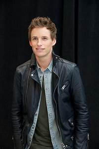 The Absolute Best Pictures of Eddie Redmayne That We Could ...
