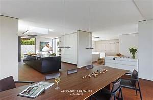Holzdielen In Der Küche : offene k che mit dunklem k chenblock ~ Markanthonyermac.com Haus und Dekorationen