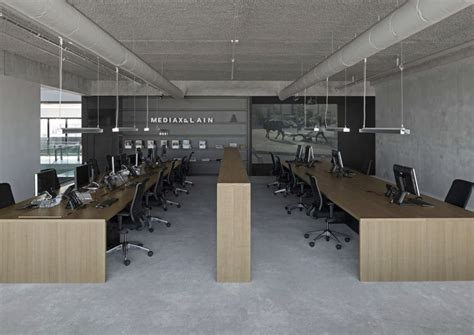 Bold, Industrial Office Design For Media Agency Freshomecom
