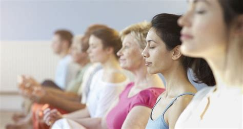 5 reasons you should meditate in a group read health related blogs articles and news on fitness