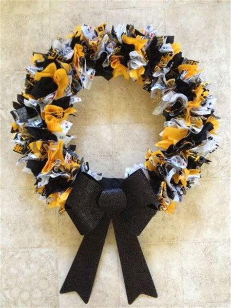 steelers fabric wreath by slddesign on etsy 35 00 for the home fabrics etsy