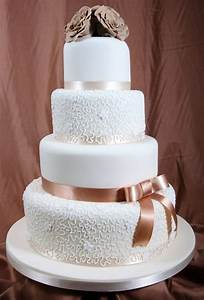 Versatile Idea Wedding Socially Fabulou Simple Cake Decorating For A Birthday Cake Of Your Loved Ones