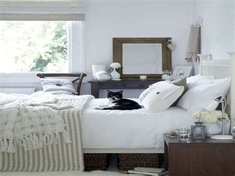 Ideas For Spare Bedroom by Small Spare Bedroom Ideas Spare Bedroom Design Ideas