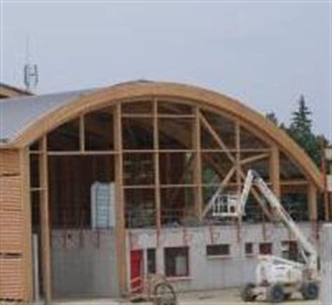 construire une maison en bois les techniques et exemples