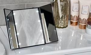 Spiegel Zum Aufstellen : dreifacher led make up spiegel groupon goods ~ Whattoseeinmadrid.com Haus und Dekorationen