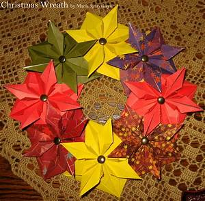 A Collection Of 20  Christmas Origami Models