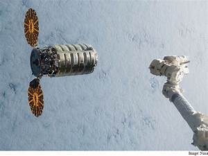 Capsule Full of Space Station Junk Makes Fiery Re-Entry ...