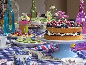 The Secluded Tea Party: A Right Royal Afternoon Tea Party