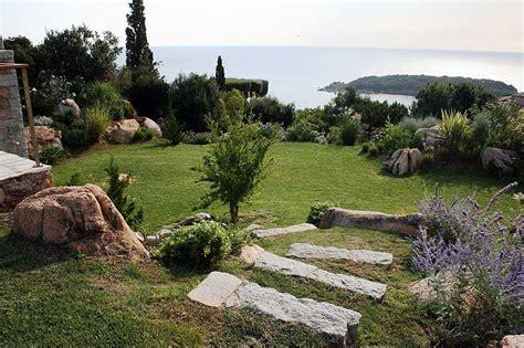 amenager terrain en pente stunning amenager jardin terrain en pente ideas antoniogarcia info antoniogarcia info