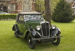 Voiture De Tourisme : vieille voiture de tourisme de morris voiture verte photo stock image du transport dessus ~ Maxctalentgroup.com Avis de Voitures