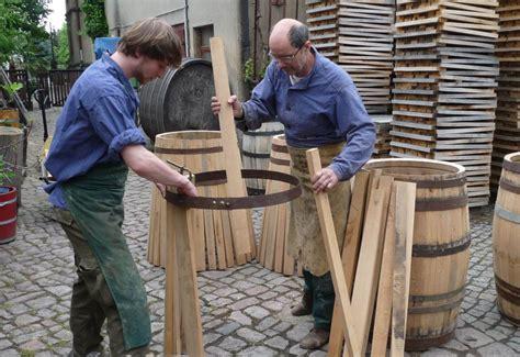 Holzbadewannen Klassisch Bis Modern by Das Unternehmen B 246 Ttcherei G 246 Tze