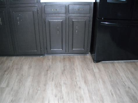 armstrong flooring luxe plank armstrong luxe vinyl plank flooring flooring pinterest