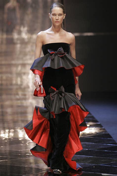 Valentino At Paris Fashion Week Fall 2005 Livingly