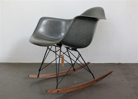 Charles Eames Schaukelstuhl. Charles Eames Schaukelstuhl