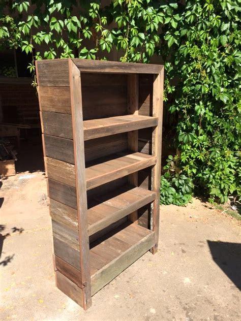 diy rustic pallet bookshelf bookcase pallet shelves